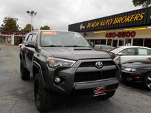 2010_TOYOTA_4RUNNER_SR5 4X4,BUYBACK GUARANTEE,WARRANTY, TOW PKG, SUNROOF, SIRIUS RADIO, BLUETOOTH, PARKING SENSORS!_ Norfolk VA