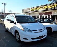 2010_TOYOTA_SIENNA_LE, WARRANTY, ROOF RACKS, KEYLESS ENTRY, 3RD ROW SEATING, STEERING WHEEL CONTROLS, A/C, REAR A/C!!!!_ Norfolk VA