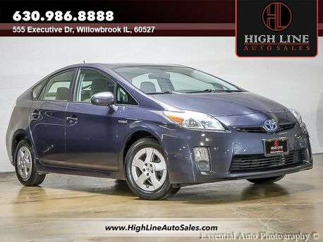 2010_Toyota_Prius_V_ Willowbrook IL
