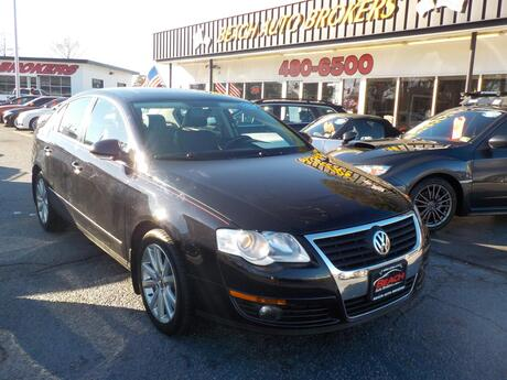 2010 VOLKSWAGEN PASSAT KOMFORT PZEV, WARRANTY, LEATHER, HEATED SEATS, BACKUP CAM, SUNROOF, POWER DRIVERS SEAT, BLUETOOTH!! Norfolk VA