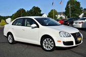2010 Volkswagen Jetta Sedan Limited 5-Speed