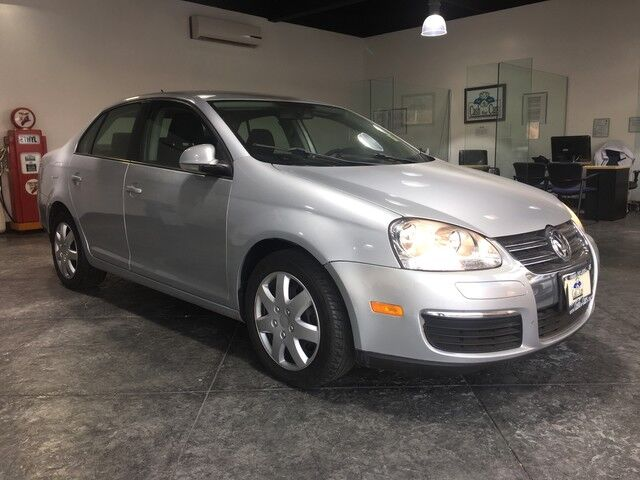 2010_Volkswagen_Jetta Sedan_Limited_ San Jose CA