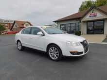 2010_Volkswagen_Passat Sedan_Komfort_ Fishers IN