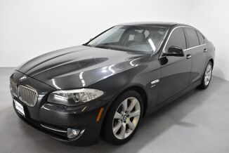 2011_BMW_5 Series_4dr Sdn 550i xDrive AWD_ Arlington TX