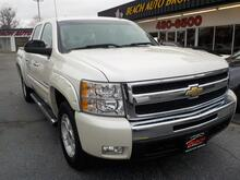2011_CHEVROLET_SILVERADO_1500 LT CREW CAB 4X4, WARRANTY, Z71 PKG, BACKUP CAM, HEATED MIRRORS, BED LINER, RUNNING BOARDS, A/C!_ Norfolk VA