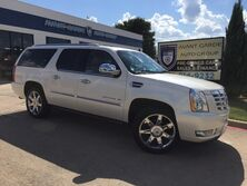 Cadillac Escalade AWD ESV Premium NAVIGATION, REAR VIEW CAMERA PARKING SENSORS, HEATED/COOLED LEATHER, POWER RUNNING BOARDS, REAR ENTERTAINMENT SYSTEM, GREAT COLOR COMBO!!! LOADED!!! ONE LOCAL OWNER!!! 2011