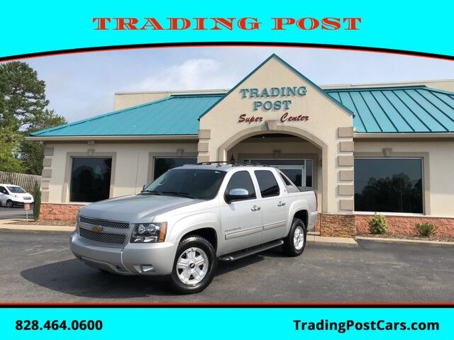 2011_Chevrolet_Avalanche_LT_ Conover NC