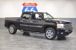 2011_Chevrolet_Silverado 1500_1 OWNER! CREWCAB 5..L V8! CHROME WHEELS! DRIVES LIKE NEW!_ Norman OK