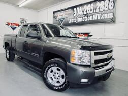 2011_Chevrolet_Silverado 1500_LT 4X4 W/ Flex Fuel AND LEER Fiberglass Shell_ Grafton WV