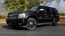2011_Chevrolet_Suburban_LTZ 4X4 / NAV / ENTERTAINMENT / SUNROOF / CAMERA_ Charlotte NC
