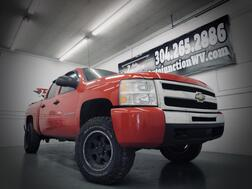 2011_Chevy_Silverado 1500_LS 4Dr 4X4 W/ Leveling Kit_ Grafton WV