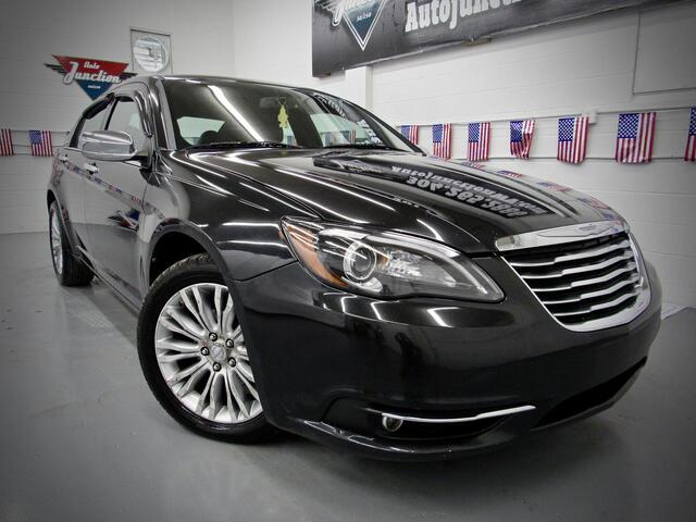2011 Chrysler 200 Limited Grafton WV