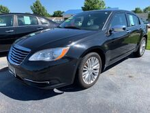 2011_Chrysler_200_Limited_ Springfield IL