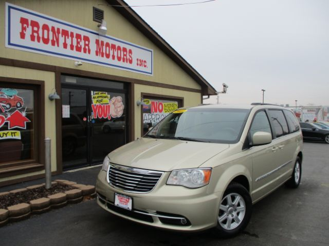 2011 Chrysler Town & Country Touring Middletown OH