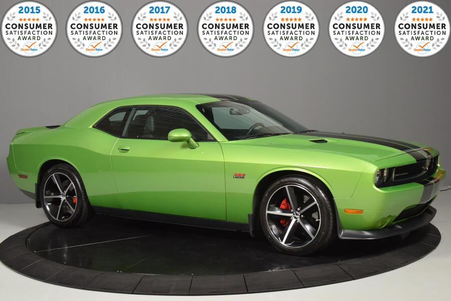 2011_Dodge_Challenger_SRT8_ Glendale Heights IL