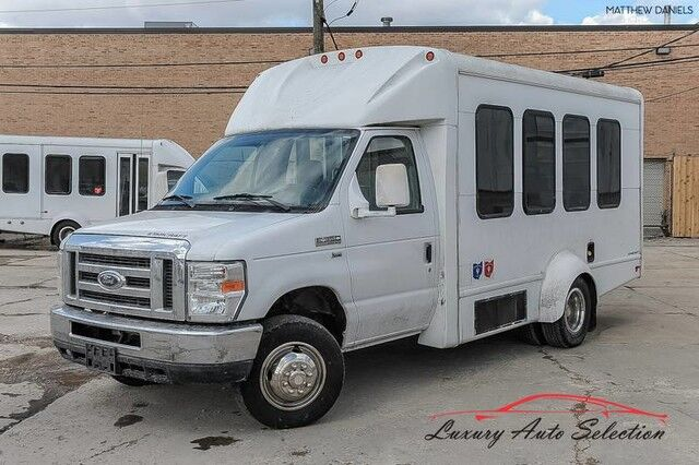 2011_Ford_E350 Econoline Cutaway With Wheelchair Lift_3dr VAN_ Chicago IL