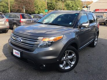 2011_Ford_Explorer_Limited_ Worcester MA