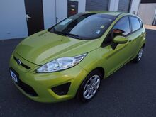 2011_Ford_Fiesta_SE_ Burlington WA
