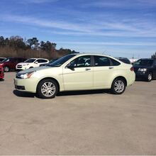 2011_Ford_Focus_SEL Sedan_ Hattiesburg MS
