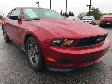 2011 Ford Mustang 2dr Cpe V6 Michigan MI