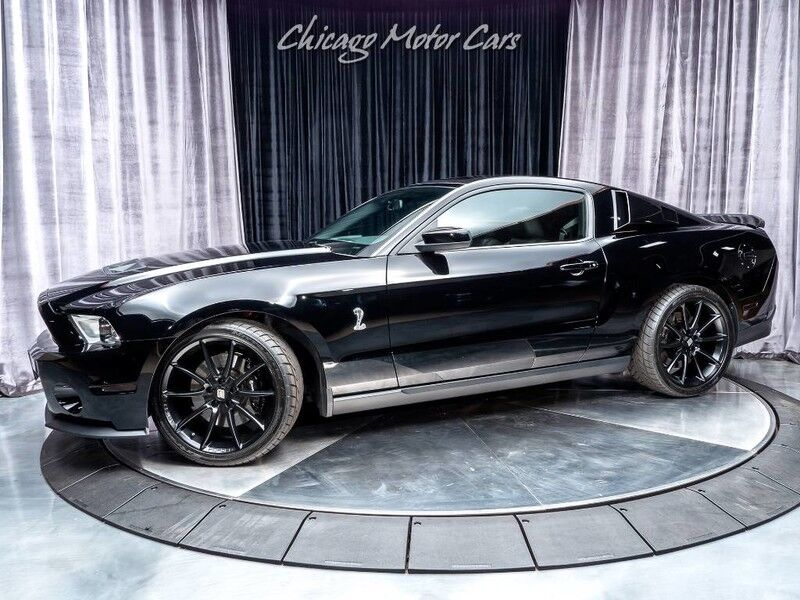 2011_Ford_Mustang_GT500_ Chicago IL
