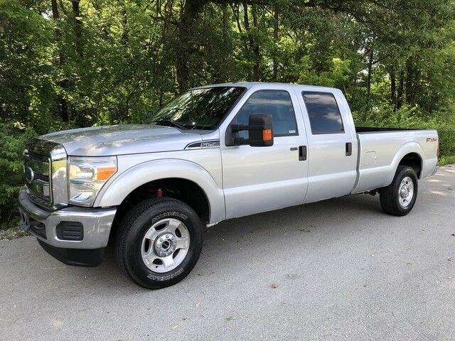 2011 Ford Super Duty F-250 SRW 6.2L V8 4x4 1-Owner XLT Crew Cab Long Bed Decatur IL