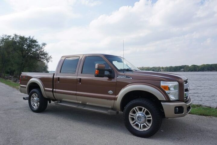 2011_Ford_Super Duty F-250 SRW_King Ranch 6.7L Powerstroke Diesel Heated/Cooled Leather 4x4_ Decatur IL