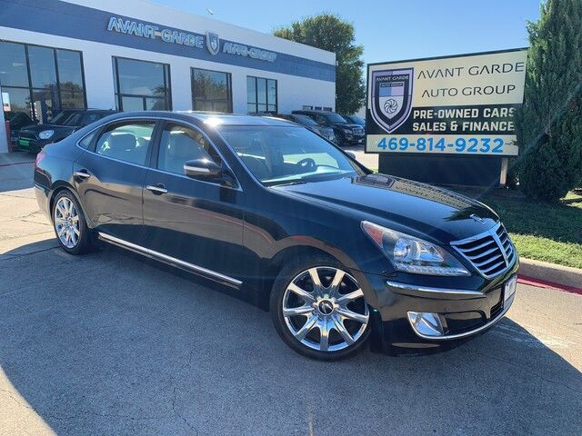 2011 Hyundai Equus Signature NAVIGATION REAR VIEW CAMERA, LANE CHANGE WARNING, INFINITY STEREO, SUEDE HEADLINER, PREMIUM LEATHER, POWER SHADED, SUNROOF!!! EXTRA CLEAN AND LOADED!!! Plano TX