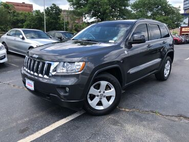 2011_Jeep_Grand Cherokee_Laredo_ Worcester MA
