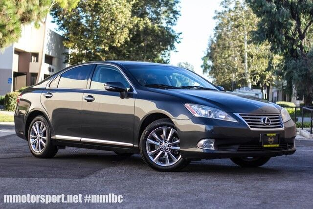 2011_Lexus_ES 350__ Long Beach CA