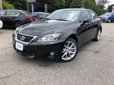2011_Lexus_IS 350__ Worcester MA