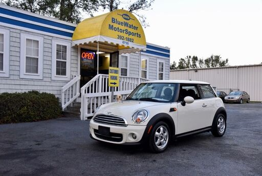 2011_MINI_Cooper Hardtop__ Wilmington NC
