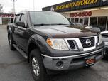 2011 NISSAN FRONTIER SV CREW CAB 4X4, WARRANTY, MANUAL, RUNNING BOARDS, TOW PKG, BLUETOOTH, KEYLESS ENTRY,THEFT RECOVERY!