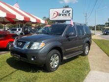 NISSAN PATHFINDER SILVER 4X4, BUY BACK GUARANTEE & WARRANTY, LEATHER, BACK UP CAM, BLUETOOTH, BOSE SPEAKERS, TOW PKG 2011