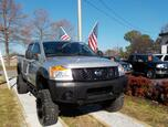2011 NISSAN TITAN S CREW CAB 4X4, WARRANTY, LIFTED, RUNNING BOARDS, TONNEAU COVER, TOW PKG, KEYLESS ENTRY, LOW MILES!!