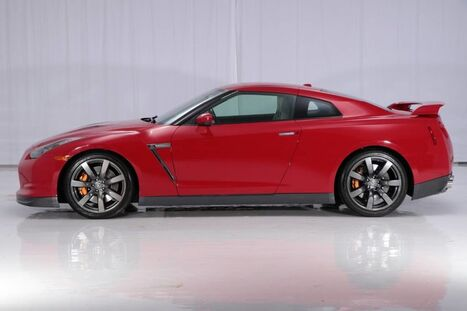 2011 Nissan GT-R AWD Premium Coupe West Chester PA