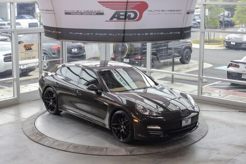 2011_Porsche_Panamera_4_ Chantilly VA