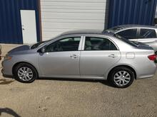 2011_TOYOTA_COROLLA_Base 5-Speed MT_ Austin TX