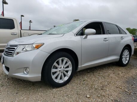 2011_Toyota_Venza_Base_ Paris TN