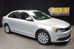Volkswagen Jetta Sedan SE w/Convenience & Sunroof PZEV 2011