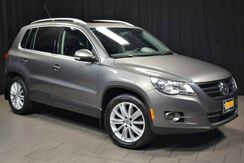 2011_Volkswagen_Tiguan_SE 4Motion wSunroof & Navi_ Easton PA