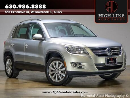 2011_Volkswagen_Tiguan_SE 4Motion wSunroof & Navi_ Willowbrook IL