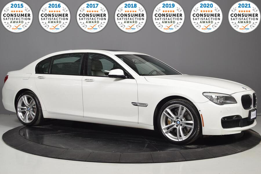 2012_BMW_7 Series_750Li_ Glendale Heights IL