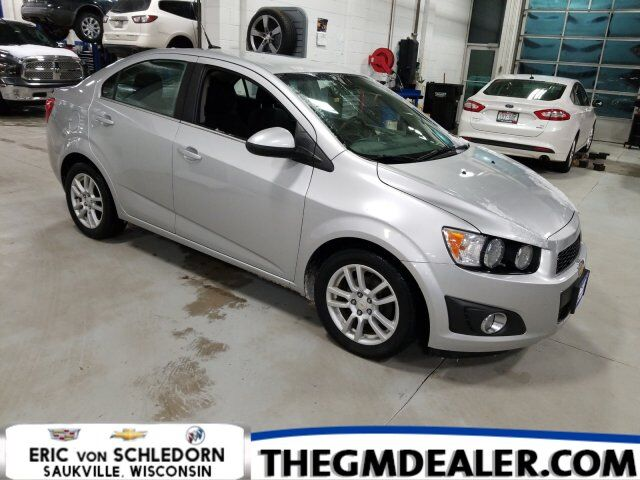 2012 Chevrolet Sonic 2LT 4dr ConnectivityPlusCruise Wheels&FogLampPkgs Milwaukee WI