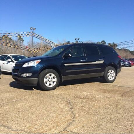 2012 Chevrolet Traverse LS FWD Hattiesburg MS