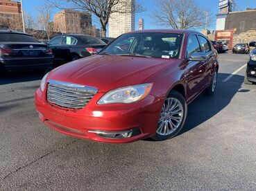 2012_Chrysler_200_Limited_ Worcester MA