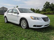2012_Chrysler_200_Limited_ Lexington KY
