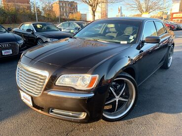 2012_Chrysler_300__ Worcester MA