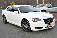 2012_Chrysler_300_300S_ Easton PA