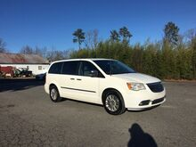 2012_Chrysler_Town & Country_Limited_ Richmond VA